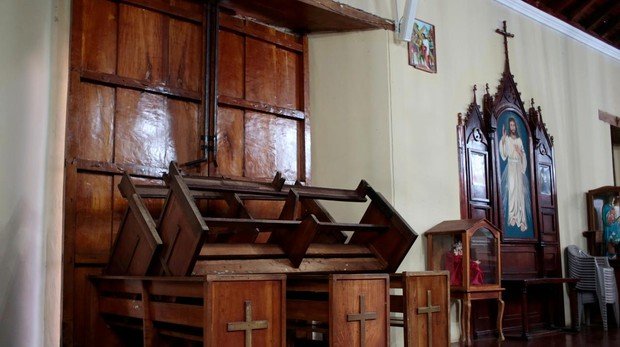 Simpatizantes de Ortega intentan entrar con machetes en otra iglesia de Masaya