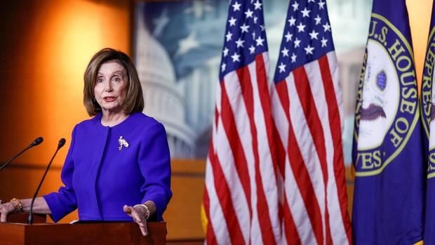 El Congreso de EE.UU. aprueba una moción para impedirle a Trump declararle la guerra a Irán