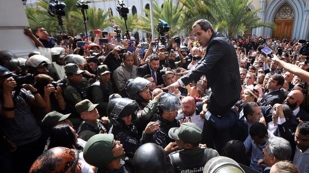 «No hay dos asambleas, hay una sola que Maduro quiere destruir»