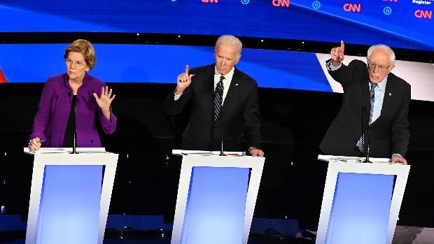 La «guerra de los sexos» domina el último debate demócrata antes del arranque de las primarias