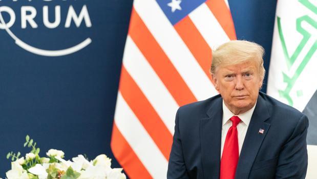 Los demócratas piden a los republicanos que se les sumen para destituir a Trump en el impeachment
