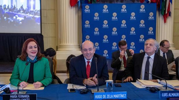 Almagro defiende su reelección al frente de la OEA: «el diálogo debe ser con democracias y no con dictaduras»