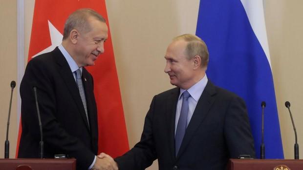 Rusia y Turquía establecerán esta medianoche un alto el fuego en Idlib