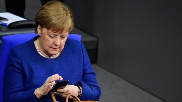 La carrera por la sucesión de Merkel perjudica a la CDU en las encuestas