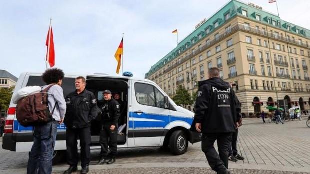La violencia se abre paso en el día a día de la política alemana