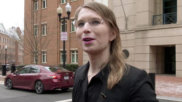 Liberan a Chelsea Manning tras su intento de suicidio