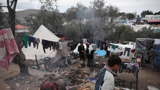 Muere una niña de seis años a causa de un fuerte incendio en el campo de refugiados de Moria (Lesbos)