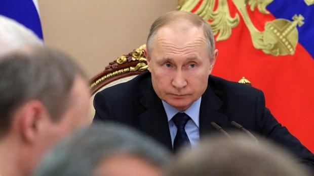 Putin no piensa permitir que el coronavirus frustre la consulta popular para perpetuarse en el poder