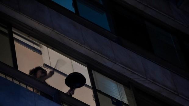 Cacerolazo desde las ventanas pide la salida de Bolsonaro por su gestión del coronavirus
