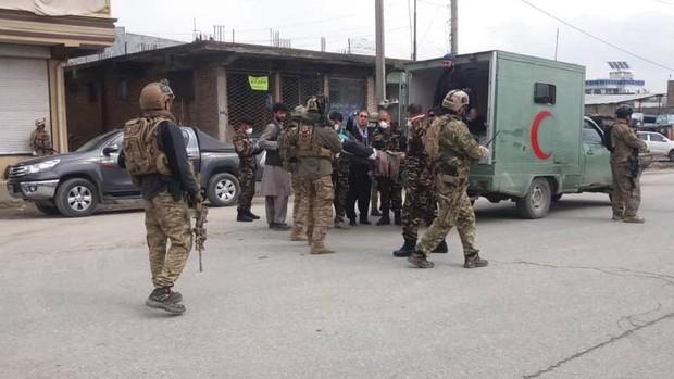 Al menos 25 muertos en un ataque del Estado Islámico contra la minoría Sij de Afganistán