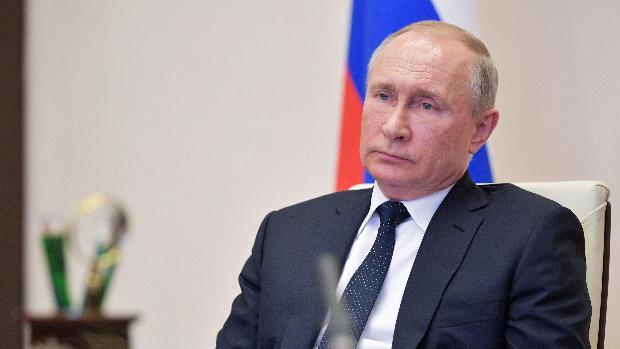 Putin llama a la movilización de todos los recursos para luchar contra el coronavirus