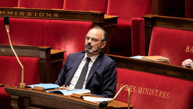 Francia iniciará el desconfinamiento con muchas cautelas y limitaciones