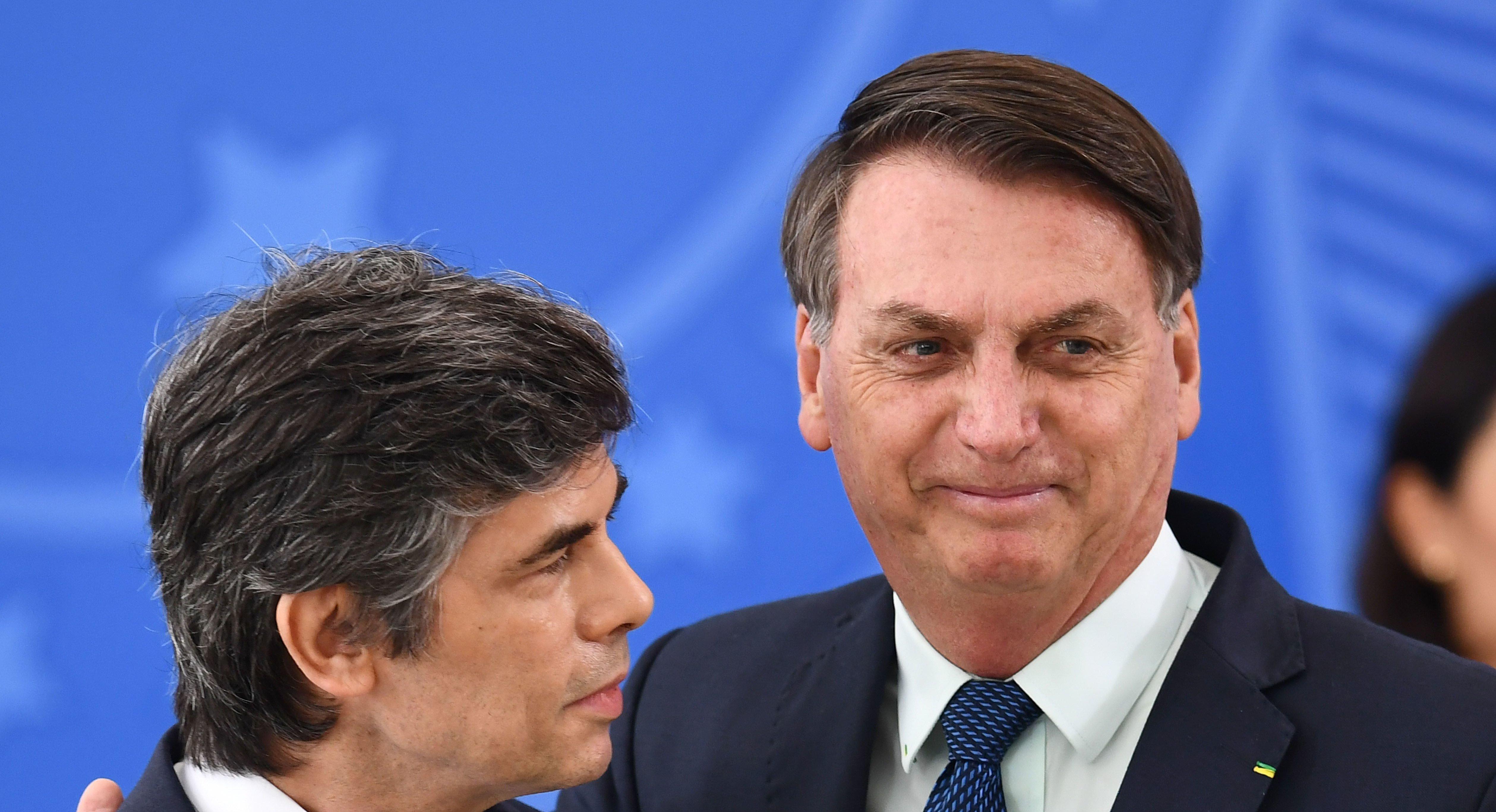 Segunda dimisión de un ministro de Salud en Brasil en un mes, con cifras récord de muertes por Covid-19