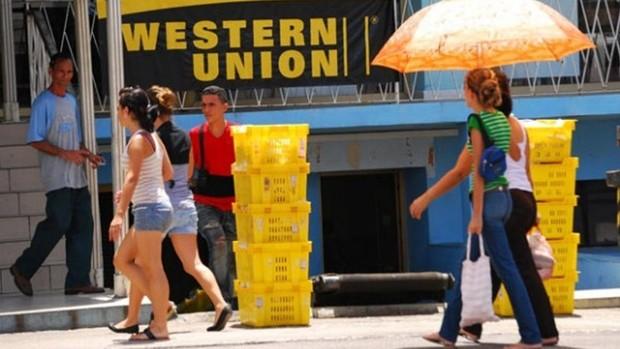 EE.UU. aumenta la presión contra el régimen cubano estrangulando más sus remesas de dinero