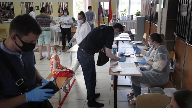 Putin gana la votación de la reforma constitucional para seguir en el poder hasta 2036