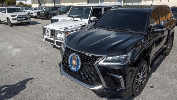 EE.UU. confisca 81 coches de lujo adquiridos por los jerarcas chavistas