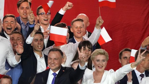 El ultraconservador Andrzej Duda gana las elecciones en Polonia por la mínima
