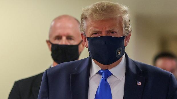 Trump se pone la mascarilla y Florida bate el récord de casos