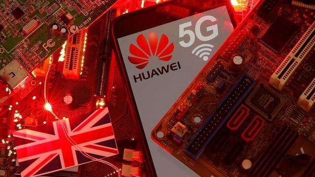 El embajador chino en el Reino Unido critica el veto a Huawei: «Es decepcionante y equivocado»