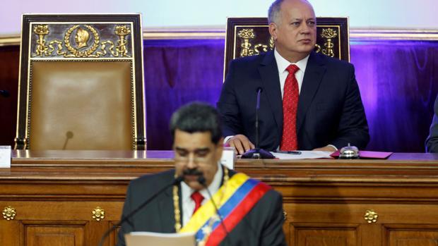 Maduro reduce el poder de fuego de Diosdado Cabello en el Ejército venezolano