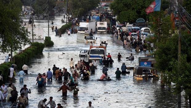 Mueren ocho personas a causa de las lluvias monzónicas en el sur de Pakistán