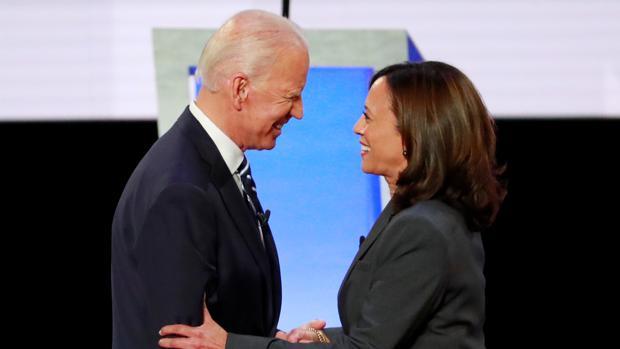 Biden no arriesga y elige a Kamala Harris como candidata a la vicepresidencia
