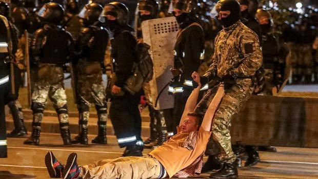 Bielorrusia reprime las protestas tras el aparente pucherazo electoral