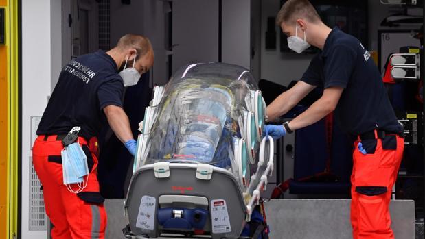 Médicos alemanes buscan ya restos de veneno en el cuerpo de Navalni