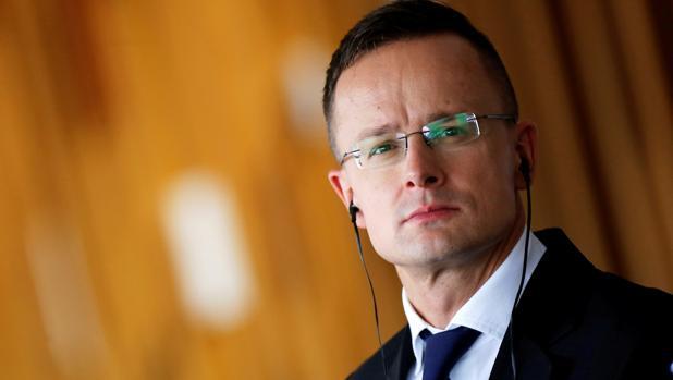 Hungría despedirá a los diplomáticos que pidan teletrabajar durante la pandemia de coronavirus