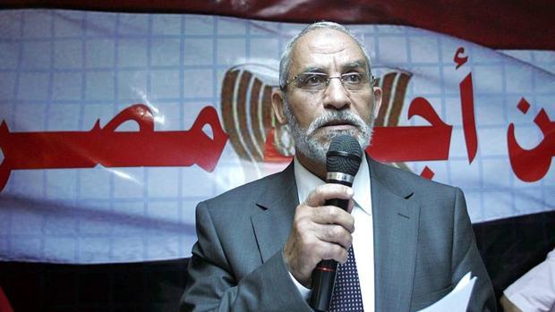 Detenido en Egipto el líder interino de los Hermanos Musulmanes