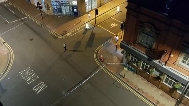 Varias personas apuñaladas en un grave altercado en Birmingham