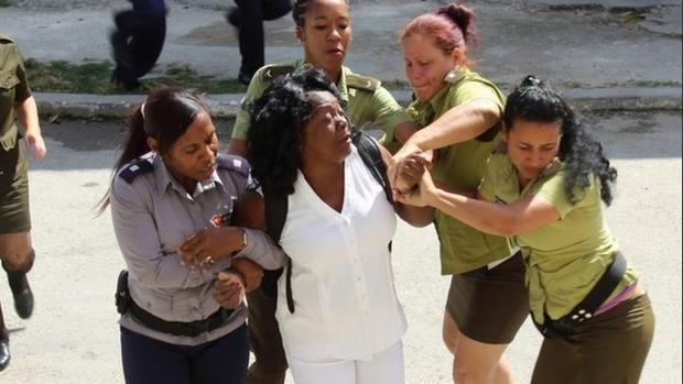 Berta Soler: «El régimen cubano me ha llegado a detener hasta tres veces en una semana»