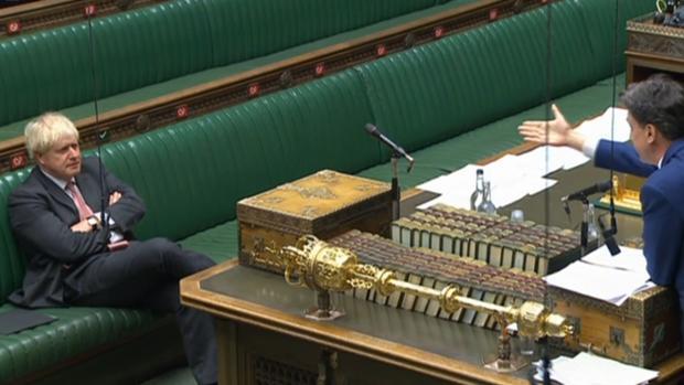 Boris Johnson supera el primer trámite para romper el acuerdo con la UE