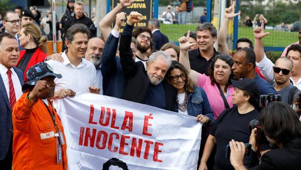 Presentan una nueva denuncia contra Lula da Silva por blanqueo de capitales