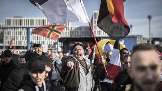 Tres décadas después de la reunificación alemana, persiste el déficit democrático en los estados orientales