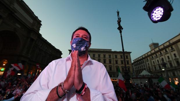 Italia vota hoy reducir drásticamente el número de parlamentarios