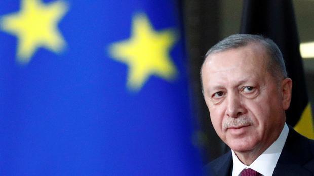 Grecia y Turquía acuerdan retomar los contactos exploratorios después de cuatro años