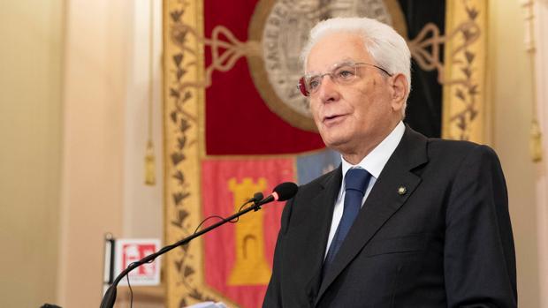 El presidente de Italia replica a Johnson: «Los italianos aman la libertad, pero también la seriedad»
