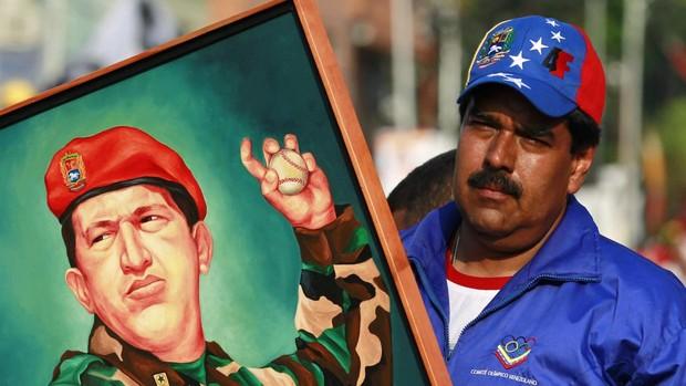 Cuanto más se aleja Maduro de Chávez, más margen queda para el chavismo originario