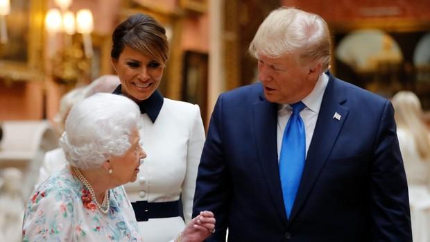 «The Crown», Trump y las instituciones