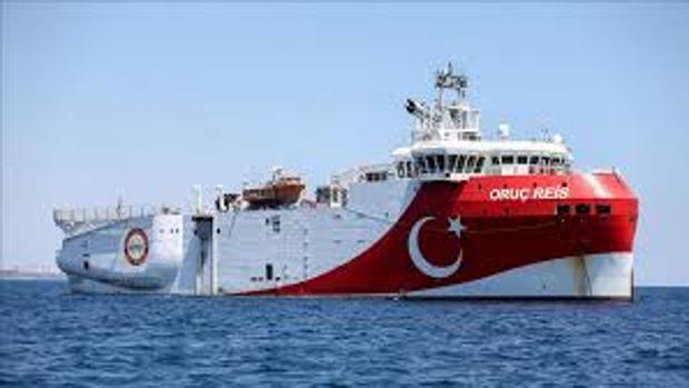 Grecia aumenta la tensión con Turquía al aprobar la ampliación de las aguas territoriales
