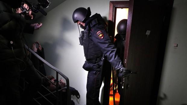 La Policía rusa detiene al hermano de Navalni tras registrar las propiedades del opositor