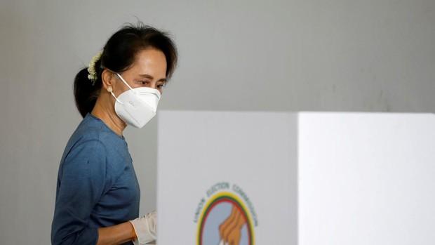 Golpe de Estado en Birmania con la detención de Aung San Suu Kyi y parte del Gobierno