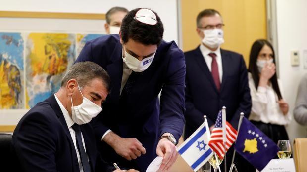 Israel y Kosovo celebran una ceremonia virtual para establecer relaciones diplomáticas