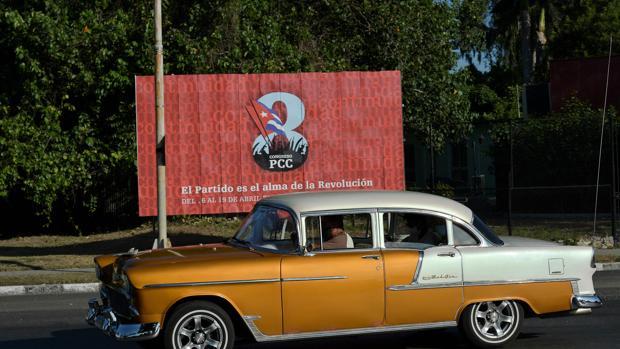Los cubanos, más preocupados por comer que por el  VIII Congreso del Partido Comunista