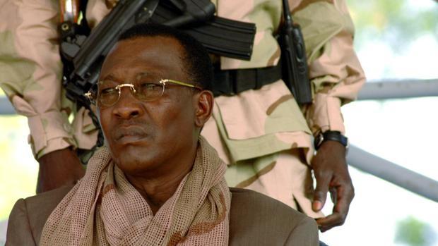 Muere el presidente de Chad por heridas sufridas en combates contra los rebeldes del FACT en el norte del país