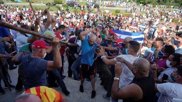 El régimen cubano reconoce un muerto en las protestas en La Habana