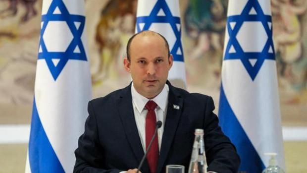Bennett rectifica sus palabras sobre la «libertad de culto» de judíos en la Explanada de las Mezquitas
