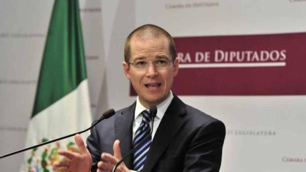 La Fiscalía de México acusa de sobornos a Ricardo Anaya, el principal opositor