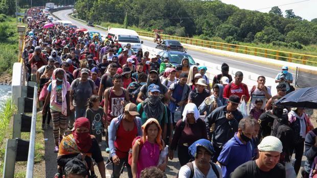 Una caravana con 6.000 inmigrantes se dirige a Ciudad de México como protesta contra la demora de los asilos